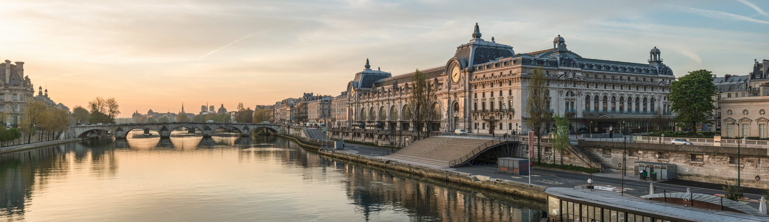 Aesthetically-pleasing-view-of-the-Musee-d'Orsay
