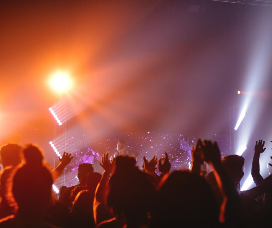 An-eventful-night-at-a-nightclub-in-De-School
