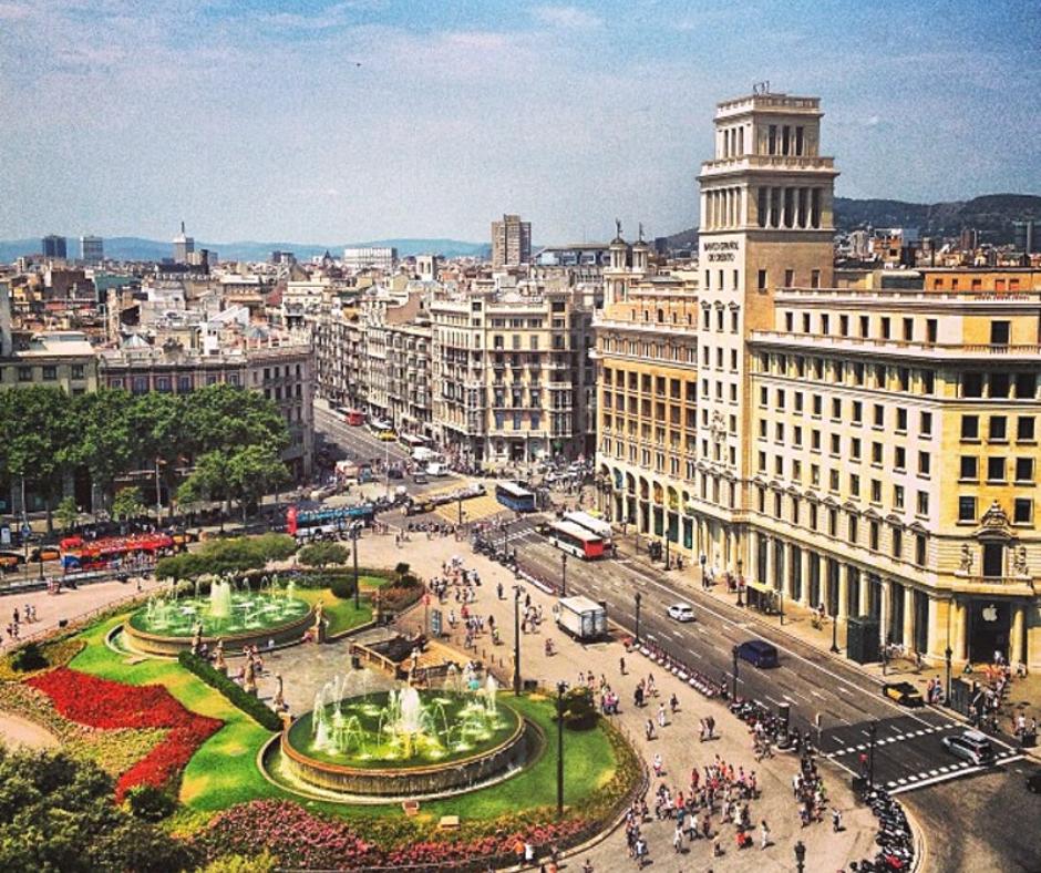 aerial-view-of-plaça-de-catalunya