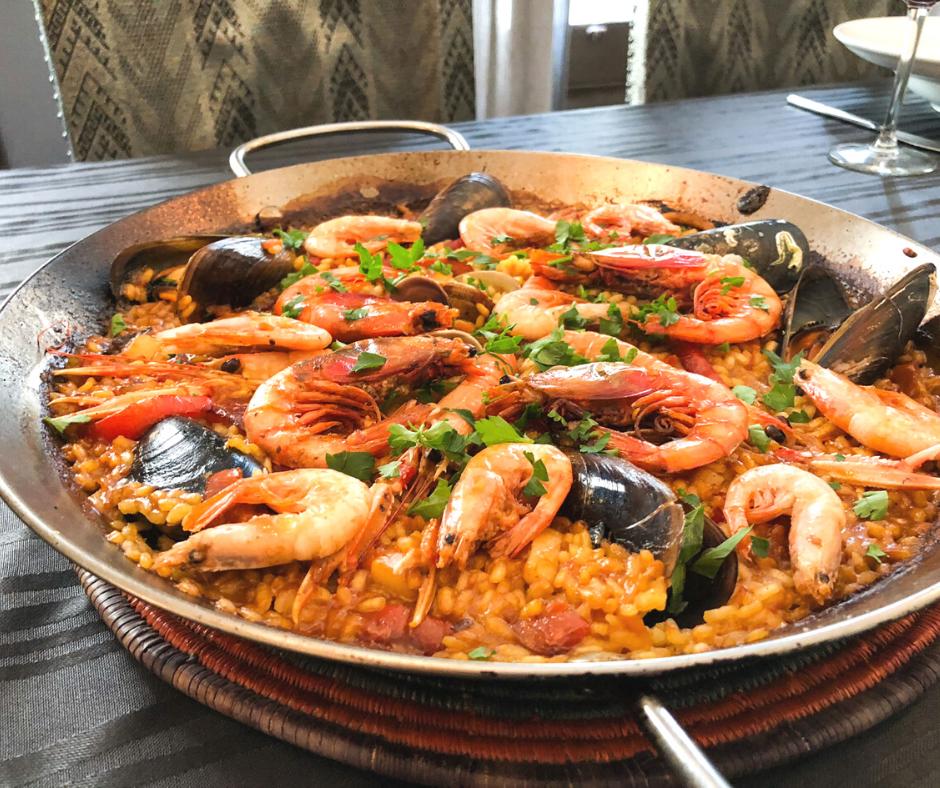 delicious-paella-dish