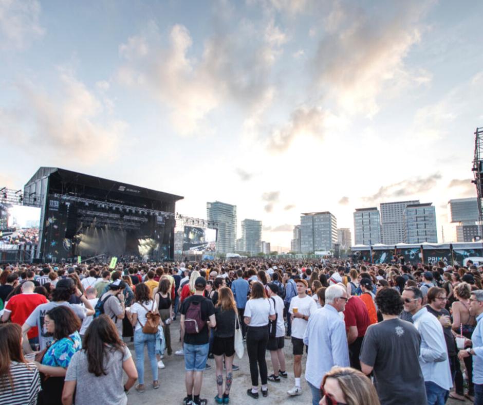 crowded-primavera-sound-music-festival